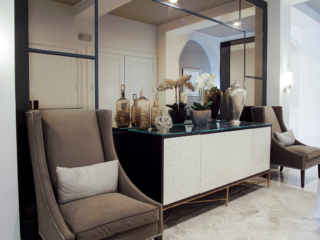 large mirror and seating area design